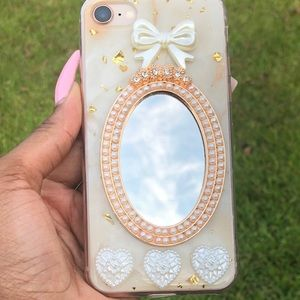 Gold iPhone mirror case for iPhone 7, 8, 10/10S